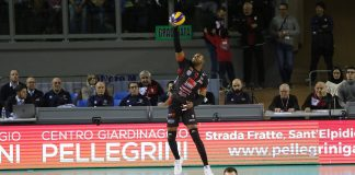 Yoandy Leal do Civitanova enfrenta o Verona pelas quartas-de-final da Superliga Italiana. Foto: Civitanova